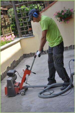 Comment poser du granulat de marbre - Ponçage surfaçage scarification