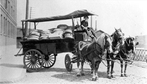 Le transport de granulat - Transports à cheval du siècle dernier